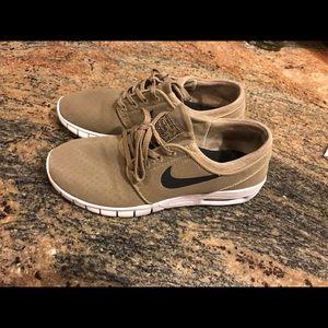 Women's Nike sb shoes